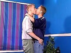 Kiss Twink