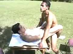 Youthful boy-friend sucks and then rides his lover in park