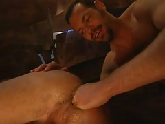 Mature furry gay guy fistfucks inflexible guys hole